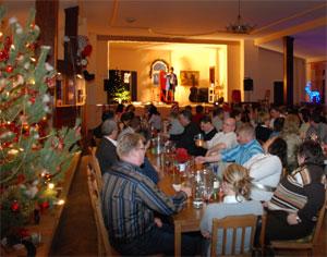 Weihnachtsessen Leipzig.Weihnachts Comedy Dinnershow Oh Du Schreckliche Weihnachtsfeier